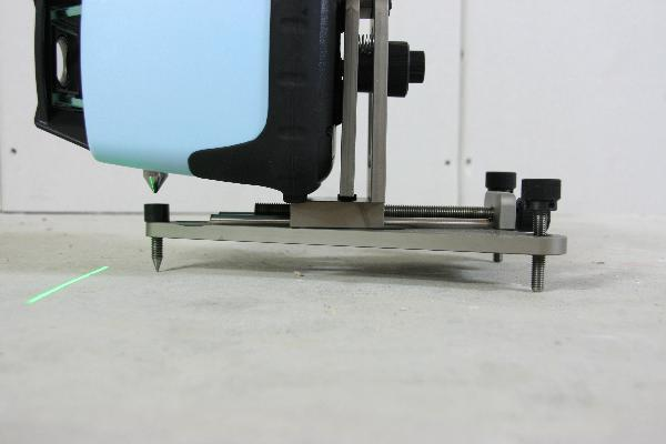 Floor and Wall Mount with fine drive for rotary laser