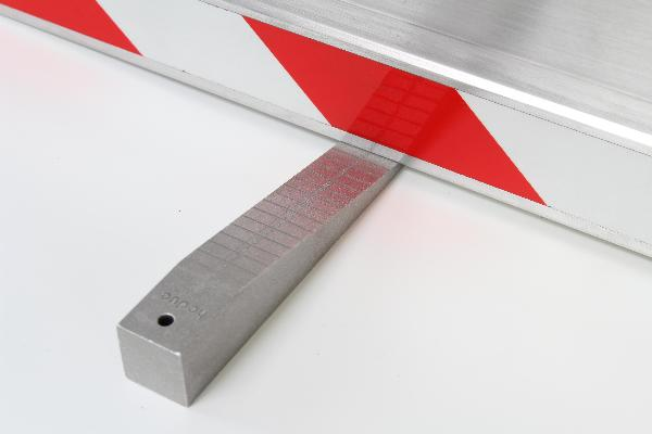 Measuring wedge Reading 1 mm