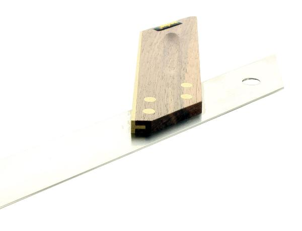 Escuadra de inglete en madera de nogal 250 mm