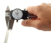 Pied à coulisse à cadran 200 mm