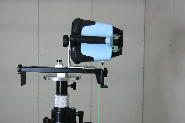 Montagem na parede para laser rotativo
